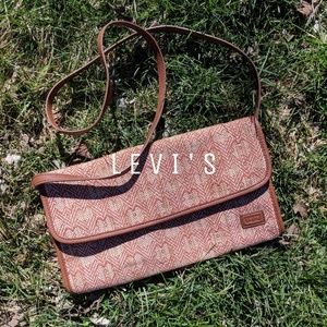 Levi's Crossbody